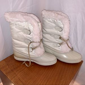 SOREL Women's White Winter Boots - Size 7